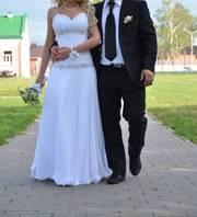 Продам не пышное свадебное платье